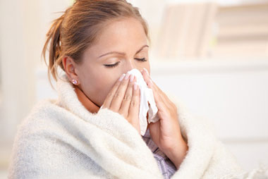 اشتباه هایی که موقع سرماخوردگی انجام میدهیم