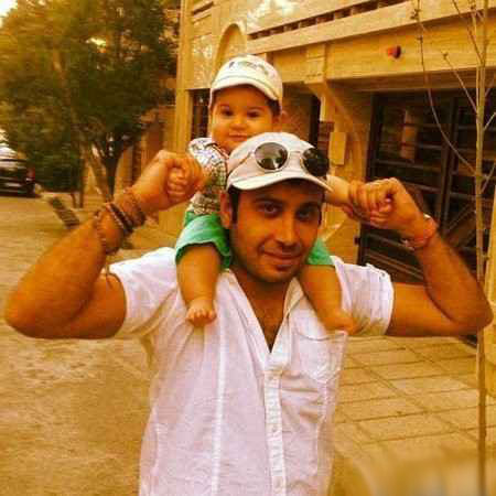 محسن چاوشی در کنار همسر و پسرش+عکس