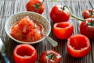 طرز تهیه گوجه فرنگی یا فلفل سبز پرشده هندی