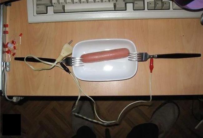 پختن سوسیس به روش دانشجویی